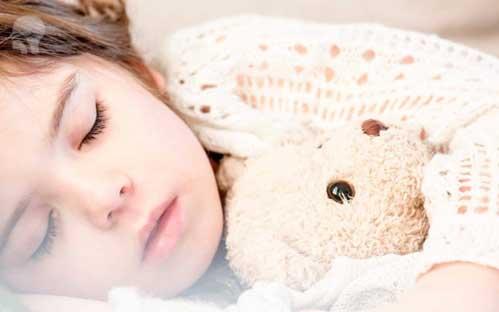 https://klinikrespirasimalang.com/images/berita/300420-penyebab-anak-mudah-sakit.jpg